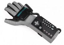 1421308032_nintendo-power-glove1