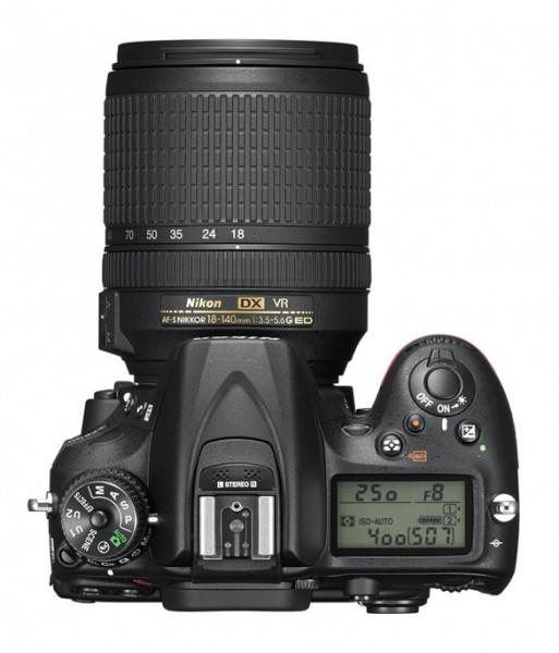 фотокамера Nikon D7200фотокамера Nikon D7200. Вид сверху