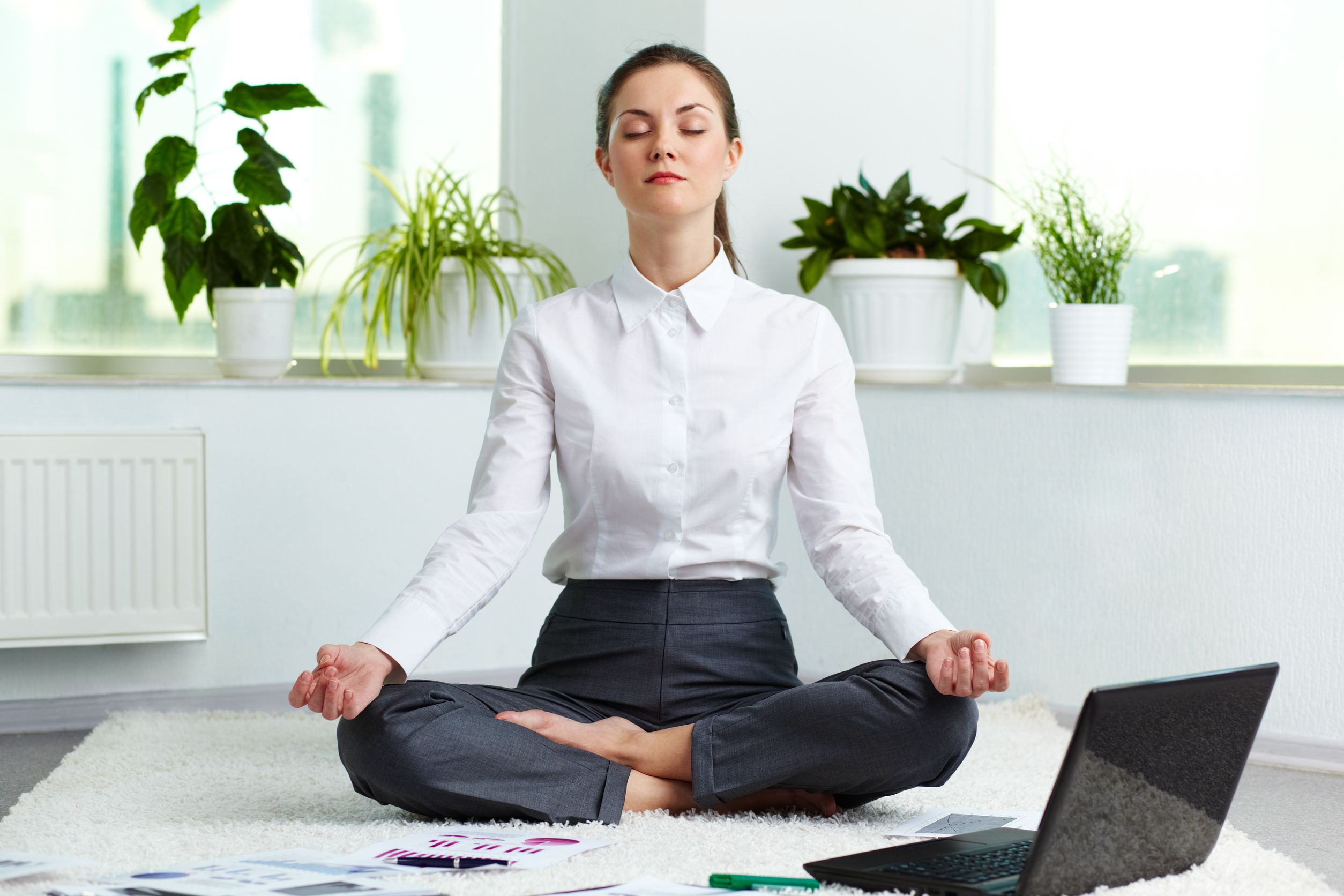 http://hi-tech.ua/wp-content/uploads/2015/05/Office-Yoga.jpg