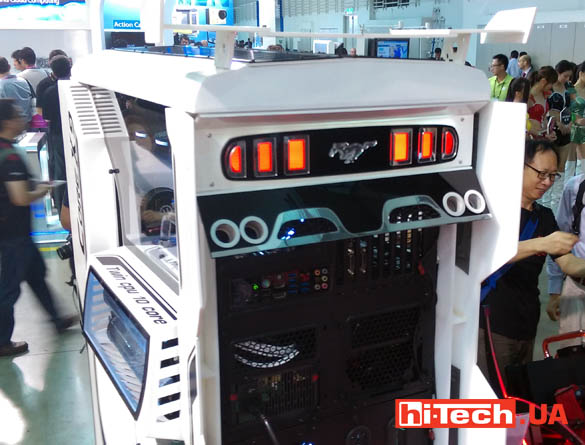 Thermaltake cases computex 2015  06