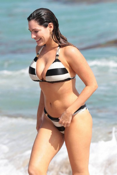 Kelly Brook-10