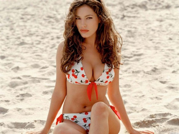 Kelly Brook-4