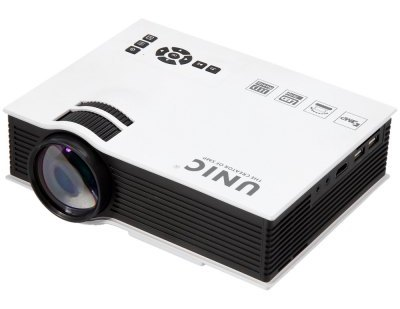 UNIC UC40 Simplified Micro Projector 3