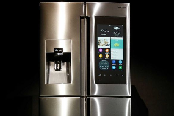 Samsung Family Hub Refrigerator 3