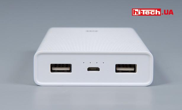 Четыре информационных диода подскажут о режиме работы внешнего аккумулятора и об остаточном заряде батарей Xiaomi Mi Power Bank 20000mAh