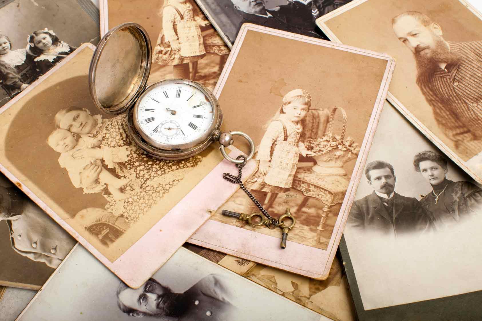 меховым ищем родных по старым фотографиям тех пор, как