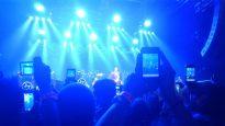 smartphones_at_concert