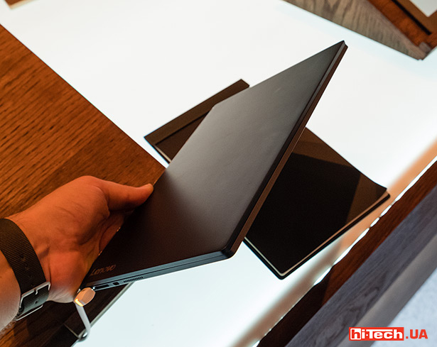 Lenovo Yoga Book 04