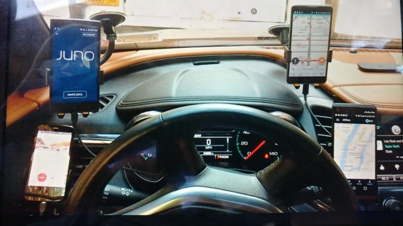 Uber деактивирует водителей зарекламу конкурирующих сервисов