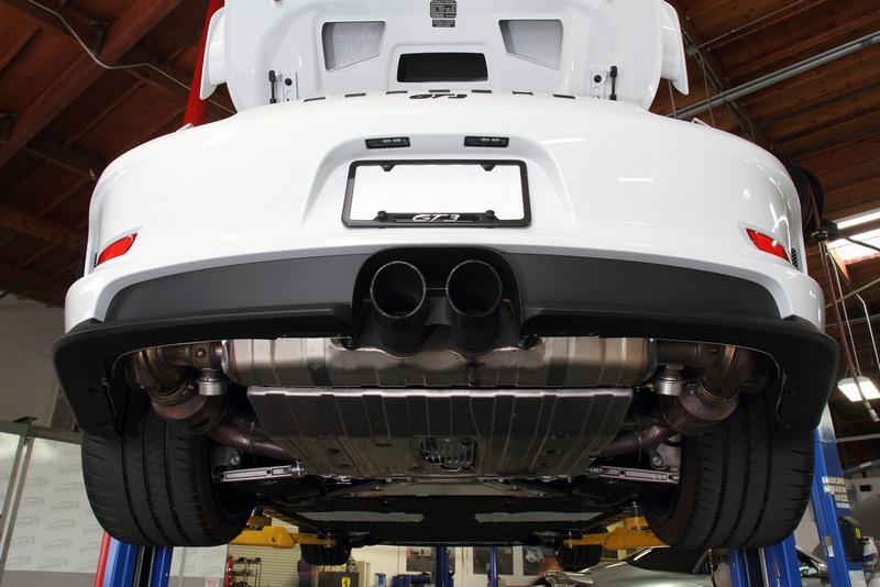 porsche-911-gt3-exhaust