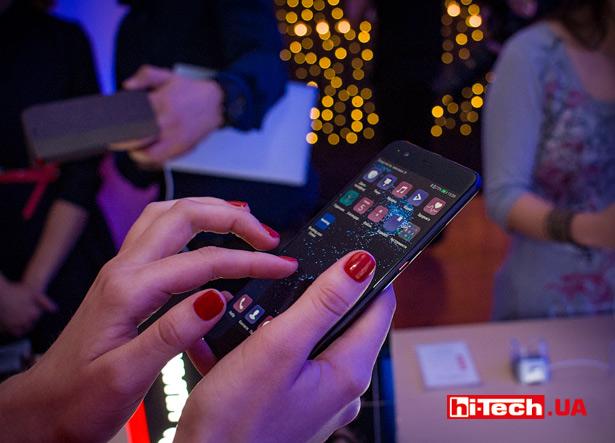 Huawei P10 в руках