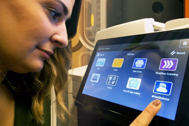 Now you can interact with your printer with the same types of finger swipes used on your smartphone or tablet. <a href=