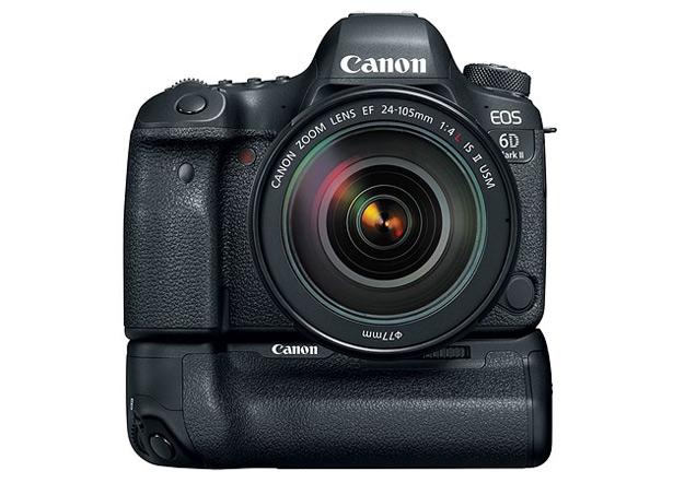 Canon EOS 6D Mark II с установленной батарейной ручкой