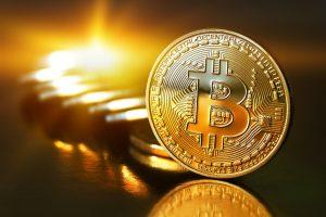 Bitcoin установил новый рекорд стоимости  $66 000