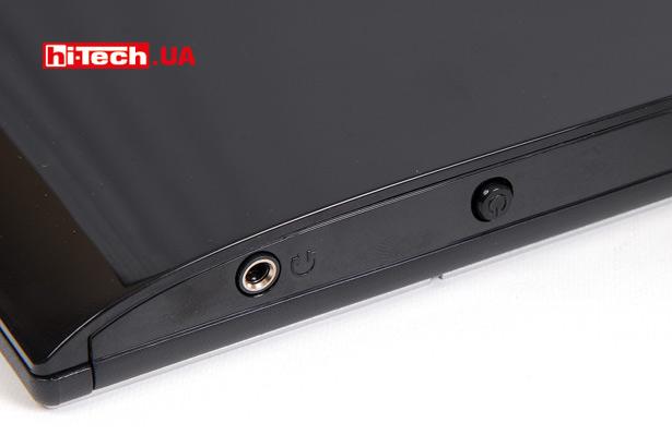 Рядом с единственной кнопкой размещен разъем для подсоединения наушников. Аудиосигнал передается по HDMI-соединению