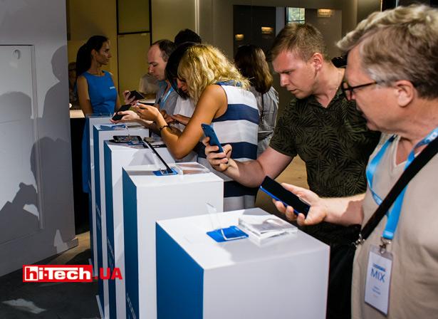 Смартфон DOOGEE MIX. Презентация в Украине