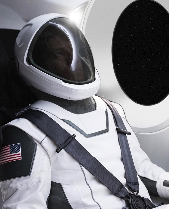 Elon Mask Spacesuit