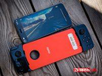 Moto Z2 Play и аксессуар Moto GamePad