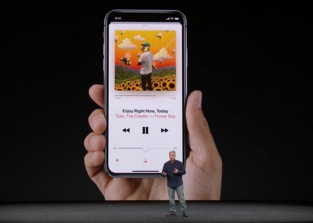 Apple iPhone X 03