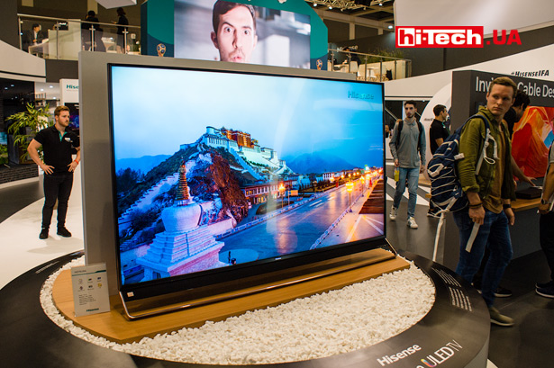 ТВ-панель Hisense с 1000 локальными зонами затемнения