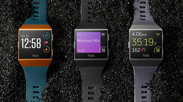 Смарт-часы Fitbit Ionic