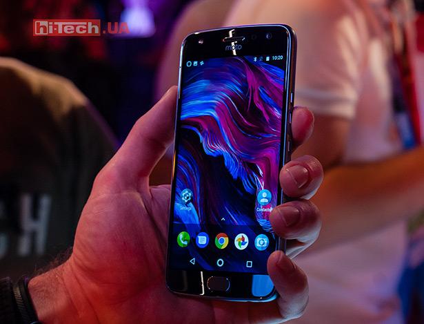 Moto X4 андроид One стал официальным поцене 399 долларов США