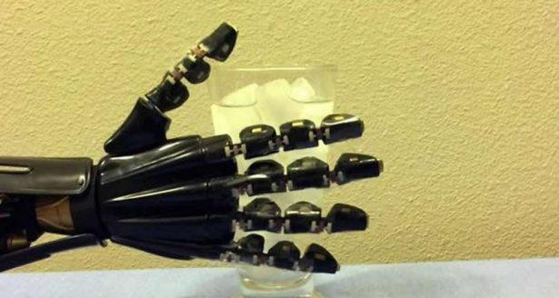 artif-skin-hand
