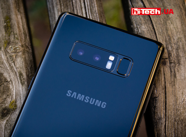 Двойная камера Samsung Galaxy Note8 на задней панели