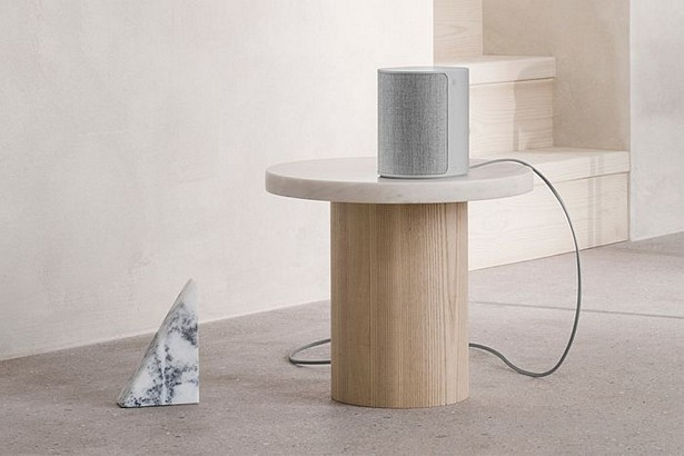 Bang & Olufsen Beoplay M3 2