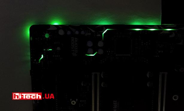 RGB-светодиоды размещены на обратной стороне платы