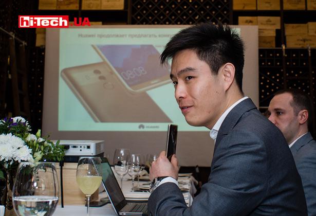 Кевин Чжоу (руководитель подразделения Huawei Consumer BG в Украине)