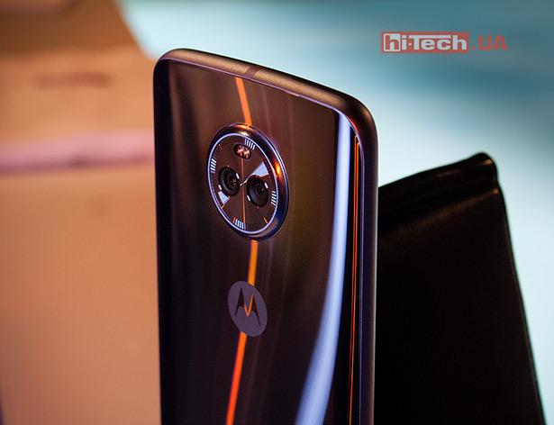Двойная камера Moto X4