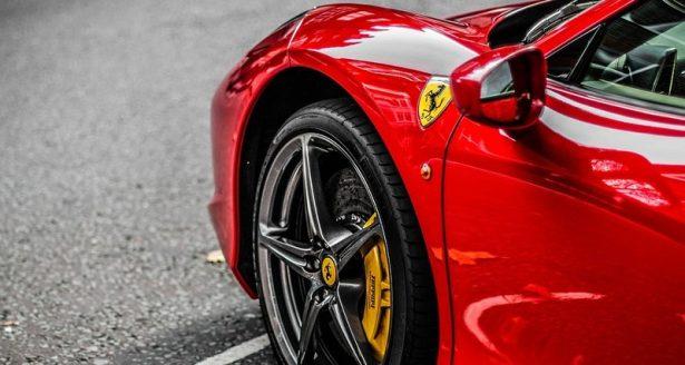 Руководитель Феррари подтвердил разработку первого вистории автобренда кроссовера