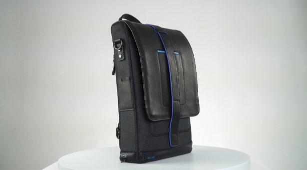 """В сложенном виде """"умный"""" рюкзак Moovy Bag практически ничем не отличается от обычных, кроме индикаторов зарядки"""