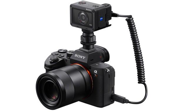 Двойная съемка с камерой Sony DSC-RX0 (кабель VMC-MM2)