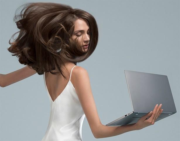 Продажи компьютера Notebook Air Quad-Core i7 начнутся 27февраля