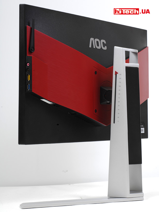 AOC AGON AG251FG имеет встроенные колонки. Особым качеством звучания они не выделяются