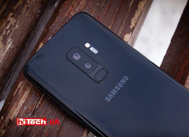 В отличие от многих других производителей, во флагманских смартфонах Samsung модуль камеры практически не выделяется из корпуса
