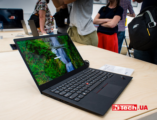 Lenovo ThinkPad X1 Carbon (шестое поколение)