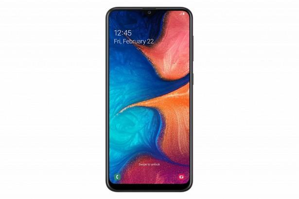 Samsung выпустила в России новую линейку смартфонов Galaxy A. Цены