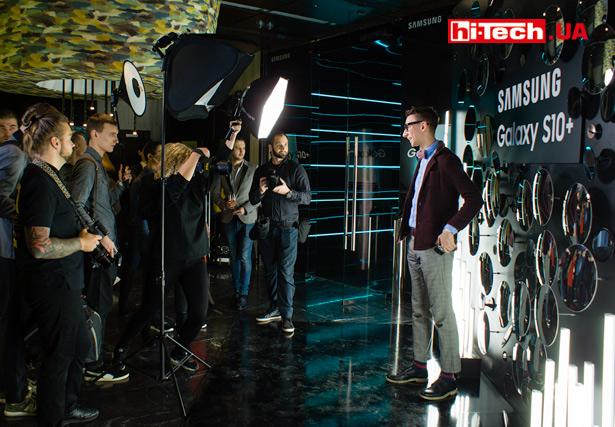 Украинская презентация смартфонов Samsung Galaxy S10+, S10 и S10e