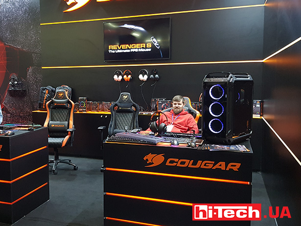 Cougar booth CEE 2019