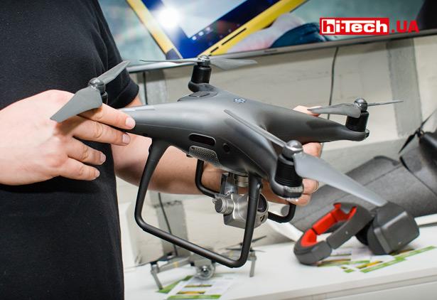 Квадрокоптер серии DJI Phantom 4