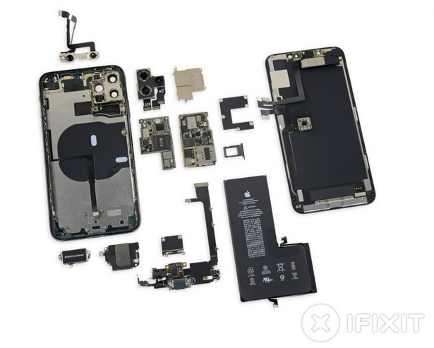 ремонт Apple iPhone 11 Pro Max diassembled