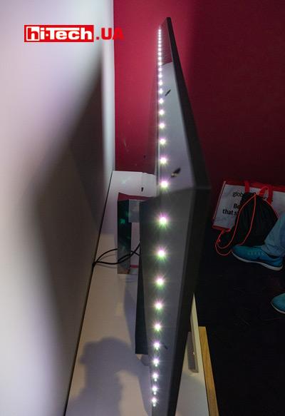 Philips Momentum 558M1RY, работа подсветки Ambiglow