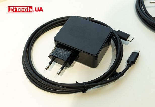 Подобные компактные зарядные устройства для ноутбуков с разъемом USB-С могут иметь мощность до 61 Вт (Trust Maxo 61W USB-C)
