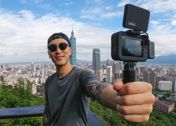 Камера GoPro HERO8 Black с дополнительным модулем GoPro Media Mod и экраном GoPro Display Mod