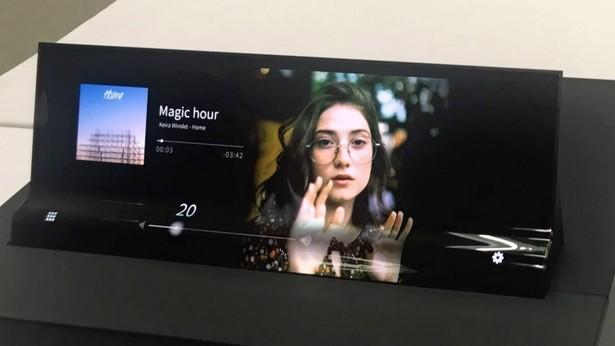 Sharp flex AMOLED screen auto