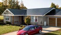 Tesla house solar panel