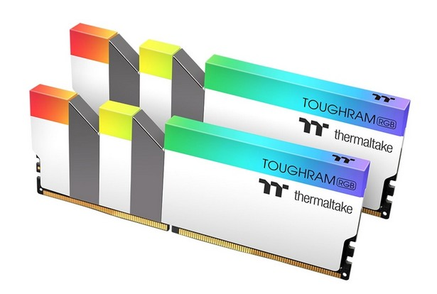Thermaltake Toughram RGB DDR4